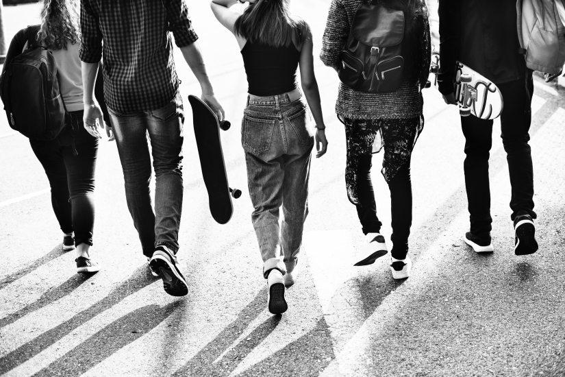 Tineri și neliniștiți
